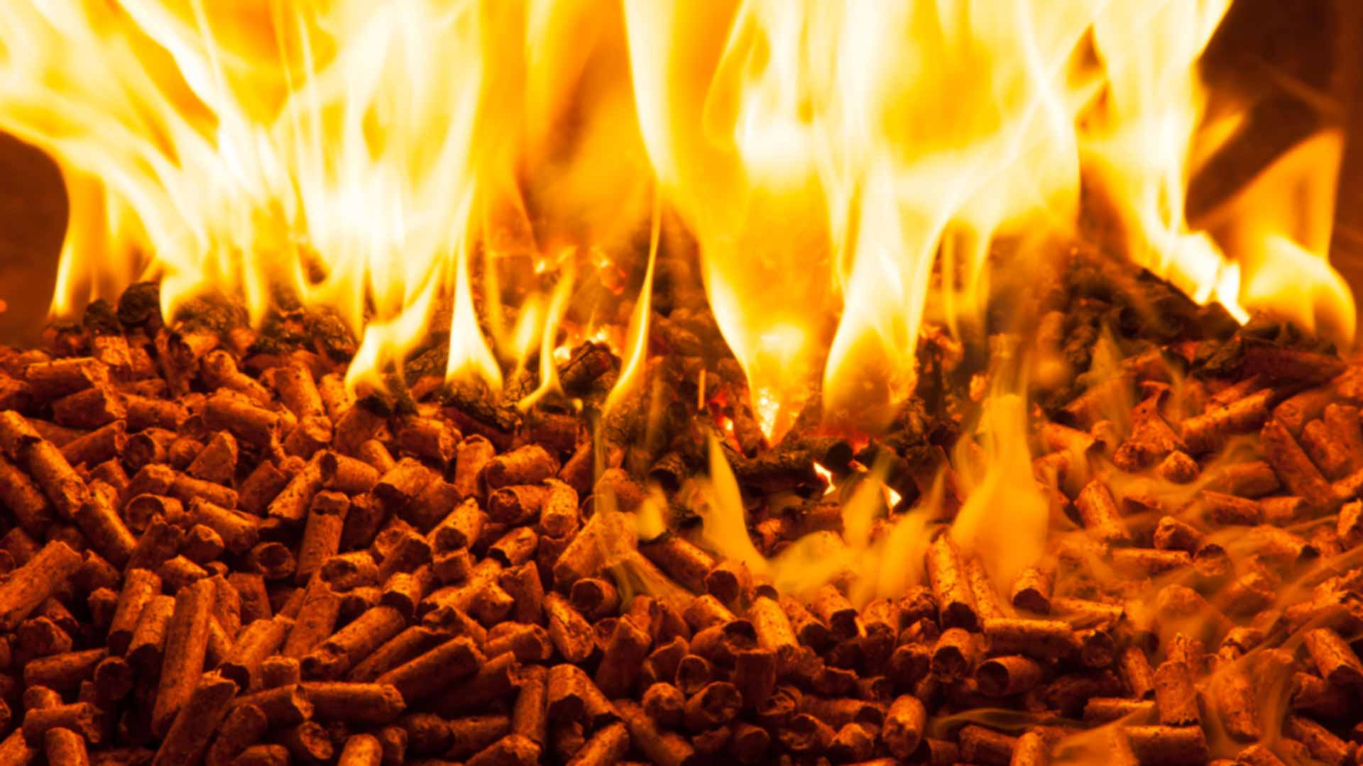 pellet_stufa_camino_caldaia_fuoco